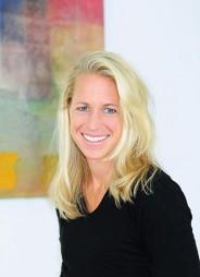 Daniela Krautinger Diplom-Sportwissenschaftler- in, Heilpraktikerin, Systemi- sche & Familientherapeutin